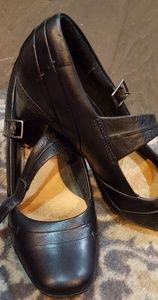 Clarks full leather black heels